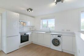 Beautiful Bright Studio Flat to Rent in South Croydon.