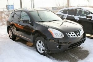 2013 Nissan Rogue SV AWD, S/ROOF, ALLOYS, Park Assist, Bluetooth