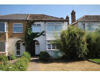LOVELY 2 BEDROOM MAISONETTE WITH GARDEN AND OFF STREET PARKING FULLY FURNISHED RECENTLY REFURBISHED