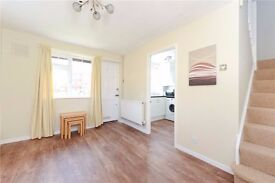 AMAZING 1 BED DOLLS HOUSE IN BALHAM! VIEW TODAY!