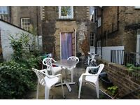 CAMDEN/MORNINGTON CRESCENT - BRIGHT QUIRKY QUIET GARDEN STUDIO FLAT 1 MINUTE WALK TO TUBE AND SHOPS