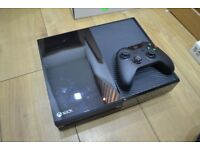 Xbox One 500GB (Very Good Condition)