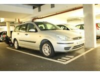 Ford Focus Estate Automatic 1596cc Petrol Silver with Black Interior Tow Bar Roof Bars Boot Cover
