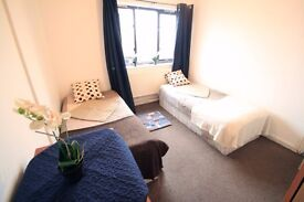 TWIN ROOM TO RENT IN HOLLOWAY NICE FLAT SHARE £195/ALL INCL//96D