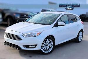 2015 Ford Focus TITANIUM, LEATHER, GPS, HTD SEATS!, BACKU