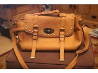 LADIES TAN DAY BAG