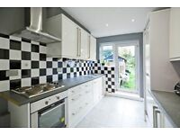 Beautiful 4 bed House Located in Acton Central