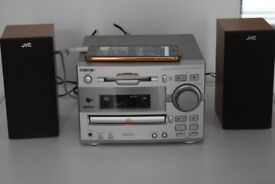 SONY CD/RADIO/AUXIN PLAY PHONE/IPOD MUSIC 80W CANBE SEEN WORKING