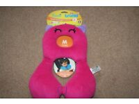 Yondi trunki Comfy head hugger & travel pillow / chum - neck support for car / holidays 4-8 years