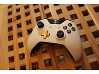 Official Xbox One Special Edition Lunar White Wireless Controller