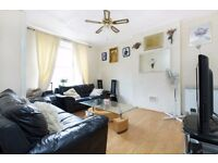Deloraine House, Tanners Hill - 3 bed flat available now in Deptford