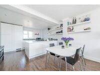Stunning duplex newly refurbished 2 double bedroom property to rent in the Isle of Dogs.