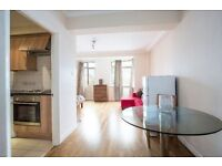 SUPERB studio flat in Central London, separate kitchen, partial included,6 month minimum contract