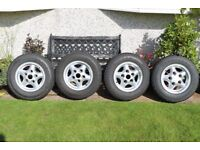 Set of 4 Alloy Wheels & Tyres for Land Rover Discovery 1 / Defender