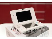 New Nintendo 3DS - with 3 cover plates!!