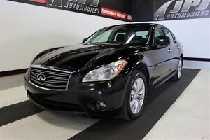 2011 Infiniti M56x Premium w/Updated 18 Wheel Finish
