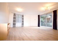 Stunning three bedroom apartment in Finchley Road