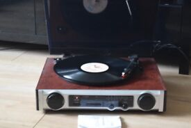 MT-PHO2 RECORDPLAYER/RADIO/BUILTIN SPEAKERS/MANUEL CAN SEE WORKING