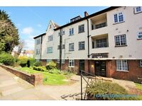 1 bedroom flat in Brentwood Lodge, Holmdale Gardens, Hendon, NW4