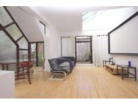 3 double bedroom/2 bathroom 'Mews House' with private Terrace to rent on Caledonian Rd, Islington N7