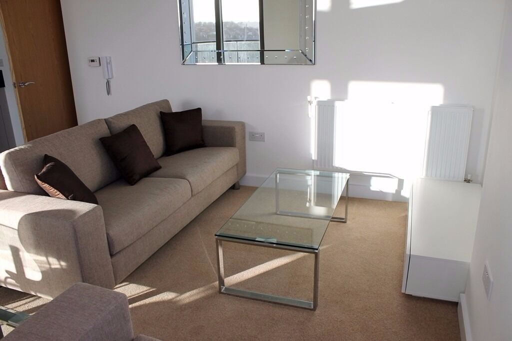 -High floor 2 bedroom apartment NOW available in so popular Renaissance development next to Lewisham