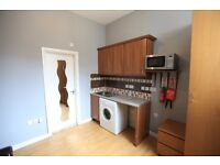 Studio flat available to rent **sorry no dss - sole occupants only