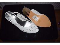 Ladies White Sandals Size 9