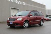 2014 Chrysler Town & Country Touring Family Favourite