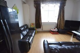 Two Bedroom Flat Only £1400