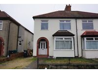 Large, three double bedroom house in Kingswood, large garden, parking and unfurnished. Available now