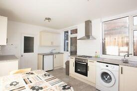 3 bedroom house in Alexandra Road, Hendon, NW4