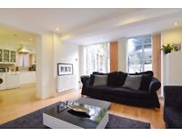 A two bedroom conversion flat to rent a residential road in Kingston. Fassett Road.