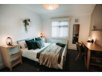 *** 2 ROOMS AVAILABLE IN 3 BED HMO, LS11, GROVEHALL DRIVE, LEEDS ***