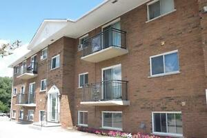 236 & 238 Kemp Crescent - One Bedroom Apartment Apartment...