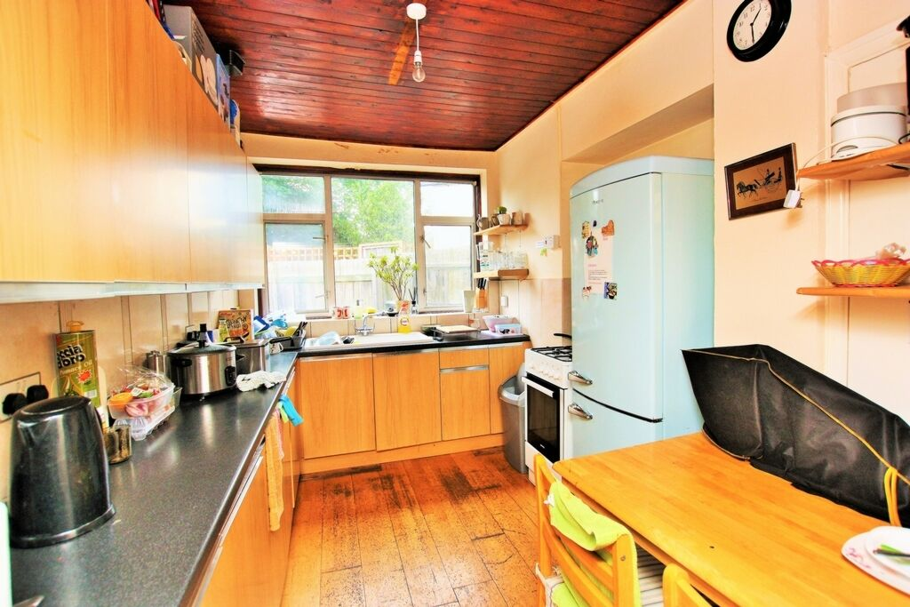 1 bedroom in Bell Lane, Hendon, NW4