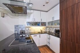 Laurel House SW5. Beautifully presented one double bedroom apartment to rent.