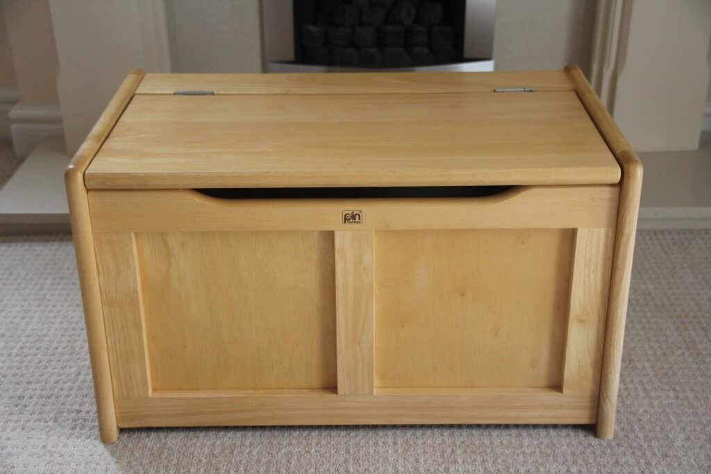 Solid Wood Wooden Storage Chest Toy Box Blanket With Hinged Lid