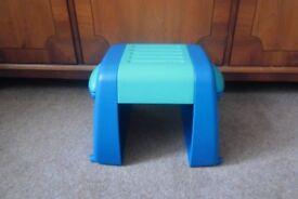 Baby footstool