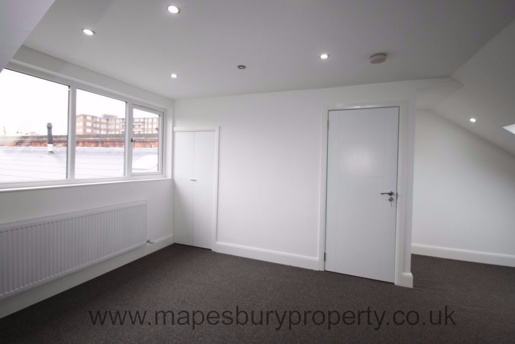 Luxury five bedroom apartment available now close to Willesden Green tube station in zone two.
