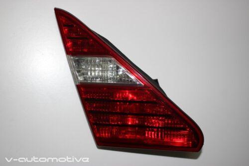 2004 LEXUS LS 430 / L-SIDE REAR INNER LIGHT