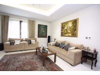 Luxurious living- 5 bedroom House in Stanmore available right away!