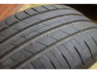 Goodyear tyre 225/50/17 7mm thread