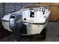 SPEED BOAT WITH 40 hp OUTBOARD ENGINE