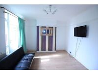 Spacious 1 bed room flat available with Garden in Queensbury