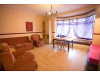 A VERY LARGE 3 BEDROOM FLAT (UNDER REFURBISHMENT) WI-FI INCLUDED - NO FEES!