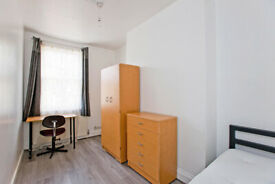 LOVELY ROOMS FOR RENT (BILLS INCL) 10 MIN FROM WALK FROM THE CITY