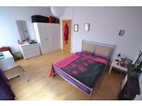 Large double room to rent let Sneinton Nottingham Monthly contract All bills included NO FEES