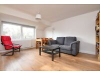 Modern two bedroom furnished apartment in Cowley available immediately
