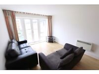 L@@K two bedroom flat, 5th floor, one double and one single bedroom, gym, parking, porter, DLR