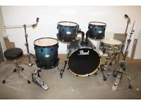 Pearl Vision VXB Blue to Black Fade Lacquered 5 Piece Full Drum Kit (22in Bass) Zildjian ZXT Cymbals